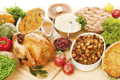 Load up your holiday table with nature's organic bounty. (iStock image) - See more at: http://blogs.usda.gov/2014/12/23/preparing-a-holiday-feast-serve-up-the-taste-of-organics/#sthash.M35jlXx7.dpuf