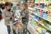 John Strickler — The Mercury. Giant Food Stores registered dietitian Christina Fava talks with shopper Kathy Fuhs of Douglassville on healthy eating while in the dairy aisle at the Upland Square location in West Pottsgrove.