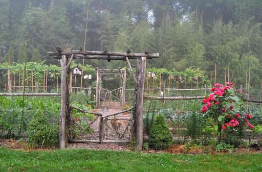 Gardening Pretty Vegetable Gardens