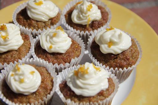 Food Healthy Mini Quinoa Carrot Cakes