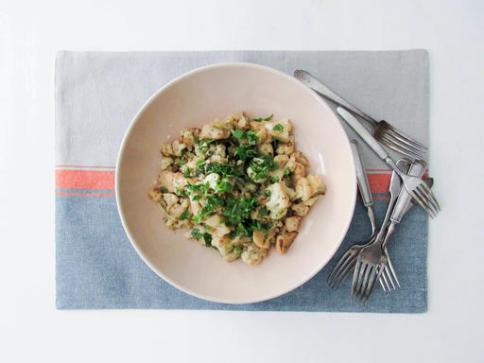 Food Braised Cauliflower with Anchovies and Capers