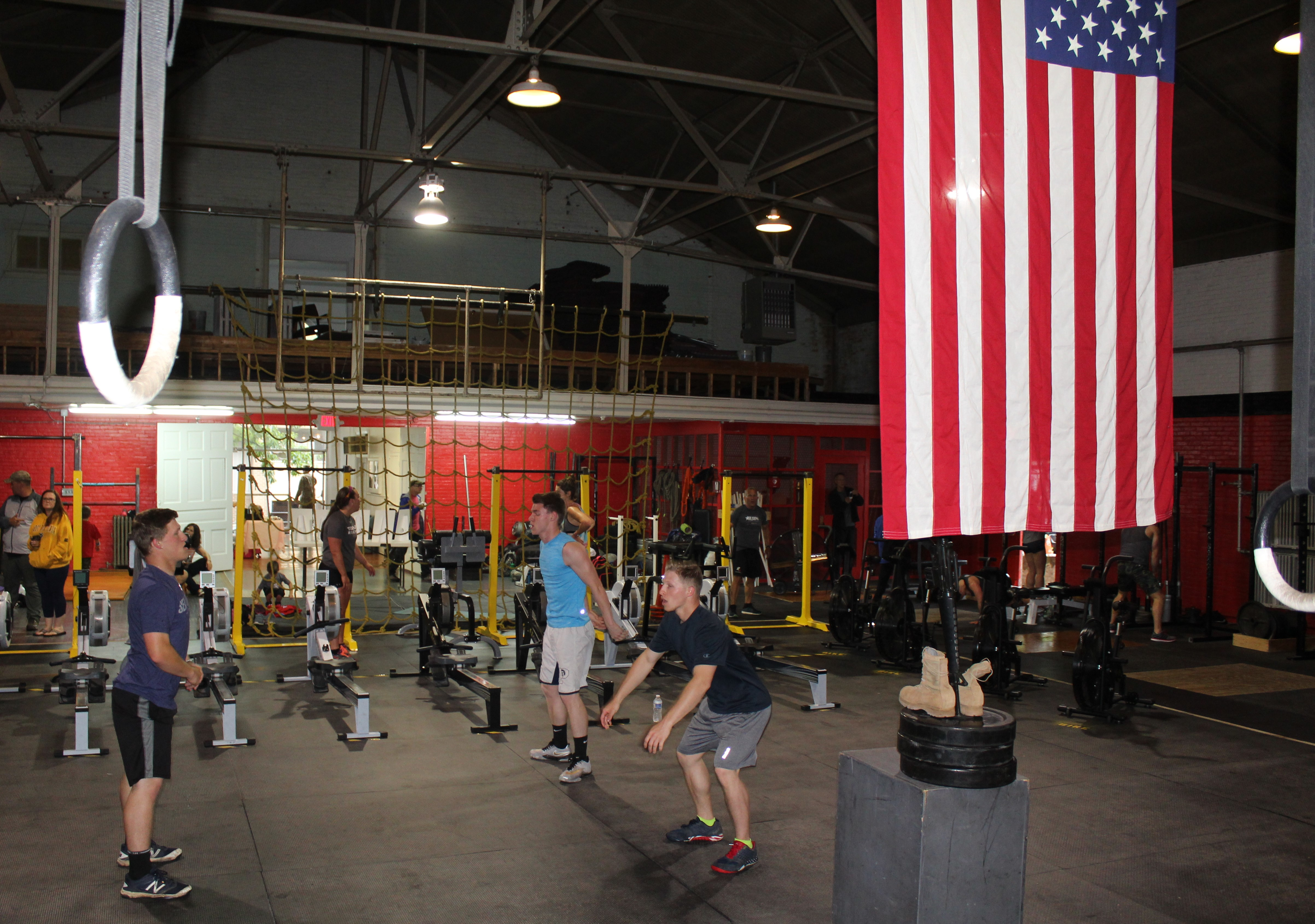 photos memorial day crossfit exercise honors the late u s navy